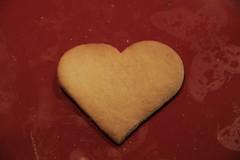 Cuore di biscotto (danieleloreto) Tags: canon 18135