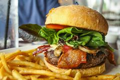 Fresh Ground Burger w/ Bacon, Mushroom, Swiss, Garlic Aioli, Lettuce, and Tomato (sheryip) Tags: mushroom table swiss burger 9 lettuce garlicaioli freshgroundburgerwbacon andtomatofoodyumdeliciousmorgantowntable9