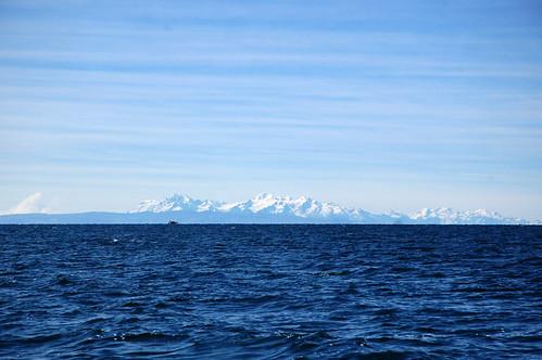 """Peru - rejs na jeziorze Titicaca na wyspę miłości <a style=""""margin-left:10px; font-size:0.8em;"""" href=""""http://www.flickr.com/photos/125852101@N02/16353755250/"""" target=""""_blank"""">@flickr</a>"""