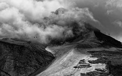 Into the great withe open... (Marcus Rahm) Tags: mountain snow alps ice clouds austria nebel wolken valley alpen gletscher zillertal hintertux seilbahn ziller tuxertal hintertuxergletscher blackwhitephotos tuxerferner canon60d riepenkeeses sidevalley gefrorenewandkeeses