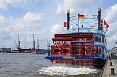 Hamburg grt zum Hafengeburtstag (Krnchen59) Tags: port germany pentax harbour hamburg hafen elke hafengeburtstag k7 krner raddampfer krnchen59