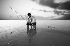 _MG_3835 (ruben redondo...) Tags: blanco agua y negro humor salinas pesca torrevieja