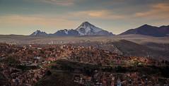 Vista al Wayna Potos (Andrs Photos 2) Tags: streets bolivia ciudad lapaz calles altiplano sudamerica elalto lasbrujas