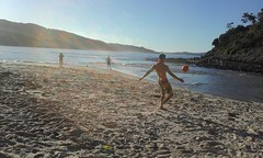 Sea Rocks (Aurelien Da Costa) Tags: sun beach water ball foot vacances soleil sand sable ballons plage