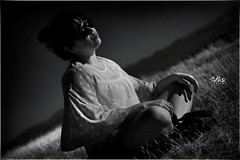 retrato (betho itinerante) Tags: color textura luz sol azul atardecer mar agua gente retrato playa paisaje dia movimiento bn diagonal cielo contraste perspectiva aire olas detalles libre suave linea horizonte reflejos piedras calor blanconegro tranquilidad ocano arista relajacin placentero
