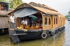 _DSC0897 (Roy Prasad) Tags: lake water river sony houseboat kerala prasad backwaters allapuzha rx10 allappey royprasad rx10m2