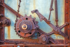 Ratchet (WalrusTexas) Tags: rust cyan machine ratchet