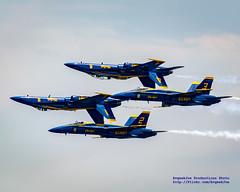 THERE GOES THE DOUBLE FARVEL (AvgeekJoe) Tags: nikon aircraft dslr blueangels usnavy usn fa18 navalaviation fa18hornet fa18c fa18chornet fa18d boeingfa18chornet boeingfa18hornet fa18dhornet usnavyblueangels boeingfa18 d5300 boeingfa18dhornet boeingfa18c nikond5300 boeingfa18d