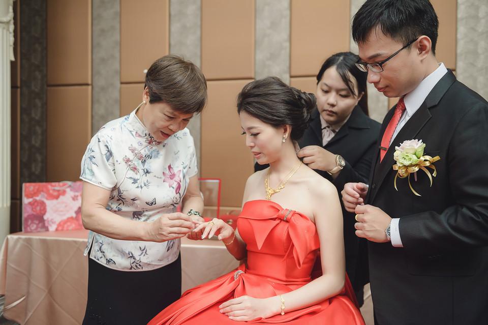婚禮攝影-台南情定婚宴城堡永康館-20