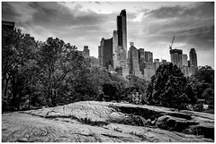 Central park (Moyse911) Tags: park new york city urban rescue usa newyork building love rock brooklyn jaune square liberty fire amazing fuji state time top manhattan taxi great central grand libert empire flatiron ville unis amricain xe1 amerique tats xt1 dowtone mildeltown