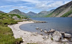 The best little beach in Britain? Probably. (Nige H (Thanks for 5m views)) Tags: england lake beach nature landscape rocks lakedistrict cumbria naturalbeauty wastwater