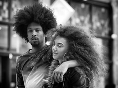 A lot of hair (Just Ard) Tags: man woman hair afro eyecontact people person face street photography candid unposed black white mono monochrome bw blackandwhite noiretblanc biancoenero schwarzundweis zwartwit blancoynegro  justard nikon d750 85mm