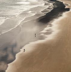 untitled (Zimthiger) Tags: sea people beach strand spain meer fuji menschen caminodesantiago caminoprimitivo xt1 zimthiger