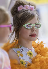 HonFest Reflection - Baltimore, Maryland (crabsandbeer (Kevin Moore)) Tags: portrait people reflection girl sunglasses children fun candid crowd feather kitsch baltimore boa event hampden beautycontest hons 2016 honfest honette baltimoresbesthon