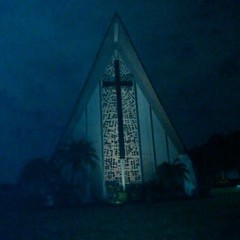 (alannahberkeley) Tags: haunting bocaraton church