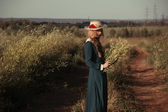 colonist (kav_photo) Tags: girl woman beautiful hat dress green grass herb canon canon550d russia russianphotography