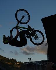 Natural Games - Millau (12) (FloLfp) Tags: cloud france sport cycling extreme spot 180 figure 12 francia vtt vélo millau extrem aveyron