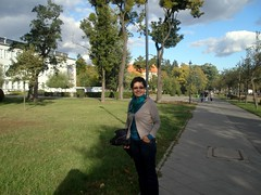 P9300112 (maya_dragonfly) Tags: city people fall nature walking landscape women europe poland olympus torun goldenmix autumn12 fallwalking