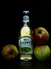 sheppy cider (warren marc photography) Tags: cider alcohol apples productphotography offcameraflash sheppyscider