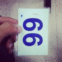 ต่อใบอนุญาติขับขี่เชิญชั้น 2 ช่อง16-17 ได้เลยครับ ต่ออายุใช้แค่บปช., ทำใหม่ใช้ใบรรพ.ด้วย ว่าแต่มันเลข 66 หรือ 99