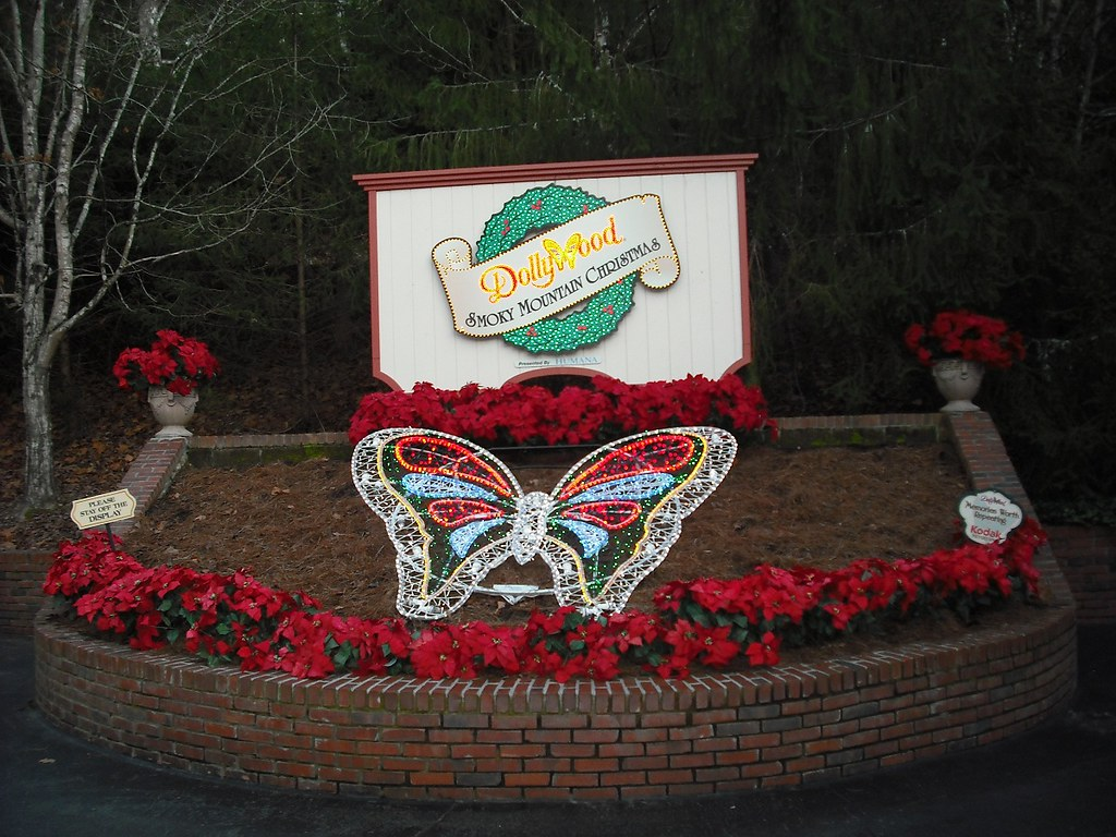 Dollywood 2012 Christmas by Chanter52, on Flickr
