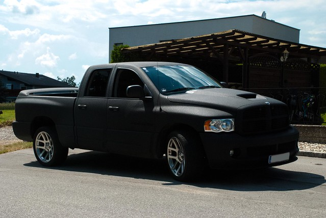 nikon pickup ps dodge ram srt10 d80
