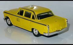 CHECKER Cab Taxi (baffalie) Tags: old newyork classic car vintage toys miniature die taxi cast jouet jeux