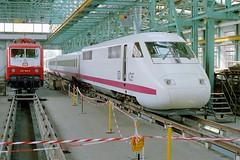InterCityExperimental (jo.schz) Tags: ice train experimental 1987 engine zug db workshop repair locomotive highspeed freimann 410 elok baureihe ausbesserungswerk hochgeschwindigkeit triebkopf icev 1201060