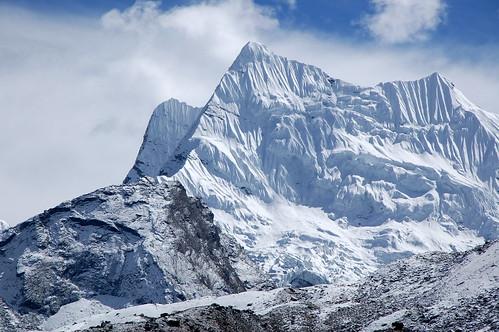 """Everest Base Camp - Ambulapha La <a style=""""margin-left:10px; font-size:0.8em;"""" href=""""http://www.flickr.com/photos/125852101@N02/15919333604/"""" target=""""_blank"""">@flickr</a>"""