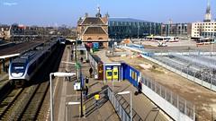 Station Delft ,Bye,bye... (Nederland) (reinhard.007) Tags: ns nederland eisenbahn railway delft bahn slt ferrovia sprinter cheminsdefer nederlandsespoorwegen stationdelft