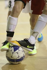KLEB0827 (bil_kleb) Tags: sports boys youth virginia action soccer indoor footwear futsal u13 u14