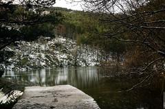 Rascafría - Madrid (Zamana Underground) Tags: madrid naturaleza snow color nature pentax sierra bosque invierno rascafría frio norte cascada deshielo niieve k5iis