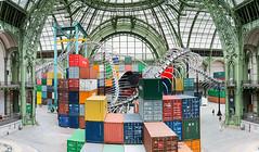 Monumenta 2016 (ghislaine_m) Tags: containers acrobates grandpalais mondialisation yamakasi monumenta conteneurs huangyongping acadmiefratellini acrobateurbain