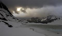 Ayous (MyLavie) Tags: soleil pic nuages lever refuge myla penta claircie ossau ayous mylnelavie