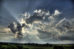Sun behind Clouds (Klaus Ficker --Landscape and Nature Photographer--) Tags: sunset usa sun rain clouds canon kentucky rays eos5dmarkii kentuckyphotography klausficker