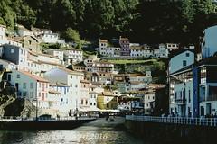 bonito lugar (rosalgorri1) Tags: puerto mar asturias cudillero pueblobonito cantbrico