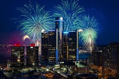 Detroit Fireworks (Notkalvin) Tags: america fireworks michigan detroit lookingdown 4thofjuly rencen renaissancecenter detroitfireworks mikekline notkalvin notkalvinphotography