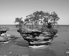 Turnip Rock and the Thumbnail (timmerschester) Tags: rock michigan thumb turnip