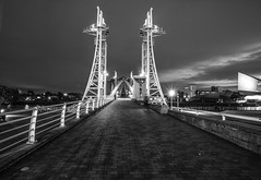 Salford Quays 2... (~Shurlee~) Tags: bridge bw night canon lights mono towers salfordquays starburst 6d glossopcameraclub
