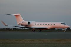 VP-CZA -  Gulfstream Aerospace G650 SUNSET SHOT!! (Craig Stevens.) Tags: new sunset luton gulfstream lutonairport ltn g650 eggwltn vpcza