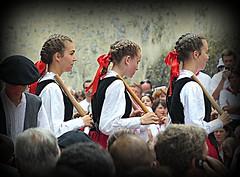 danses basques aux Fêtes de Bayonne 2013 - Reynald ARTAUD météopassion (Reynald ARTAUD) Tags: yahoo google passion pays basque bayonne artaud météo reynald basques fêtes bâtons 2013 danses météopassion