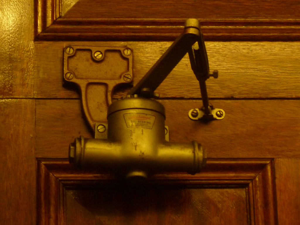 Old LOCKWOOD Door Closer - State Parliament of Victoria (AS 1979) Tags:  vintage - Antique Door Closer Antique Furniture