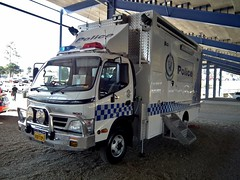 2010 Hino 300 truck - NSW Police (sv1ambo) Tags: new wales truck south police nsw 300 hino 2010 2013 shannonseasterncreekclassic sydneymotorsportpark