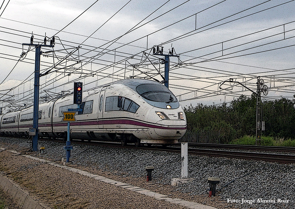 The world 39 s best photos of 103 and velaro flickr hive mind for Ave zgz madrid