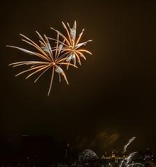 Feux sur glace TELUS  (MichelGurin) Tags: festival montral quebec fireworks montreal  qubec feuxdartifice vieuxportdemontral winteractivity vnement nikon2470mm lr5 activitdhiver feuxsurglacetelus telusfireonice lightroom5 nikond7100 michelgurin nikcollection activitywinterevent