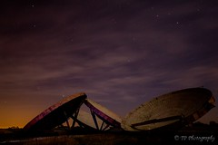 Stenigot Radar Dishes (Poulter Photography) Tags: light sky painting stars lincolnshire ww2 dishes radar raf stenigot radardishes oldrafbase