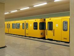 Berlin - U-Bahnhof Rehberge (IngolfBLN) Tags: wedding berlin station germany underground subway deutschland metro ubahnhof bahnhof ubahn haltestelle pnv bvg rehberge reinickendorf u6