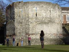 Medieval York (Unimog1300L) Tags: juggling girlinboots museumgardensyork