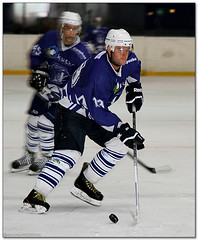 Hockey Hielo - 20 (Jose Juan Gurrutxaga) Tags: ice hockey hielo jaca txuri urdin txuriurdin izotz file:md5sum=6ff469203a5851107632e0bdbafee067 file:sha1sig=e7aea3ff9d369606bbb4936b55cebebae1a5439e