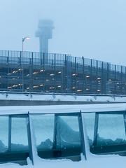 Oslo Gardermoen Airport (Gregouill) Tags: 2015 201501 aeroporto aeropuerto airport aéroport brouillard brume controltower flughafen fog gardermoen hiver janvier lufthavn mist neige norge norvège norway oslo schnee snow twr tourdecontrôle winter